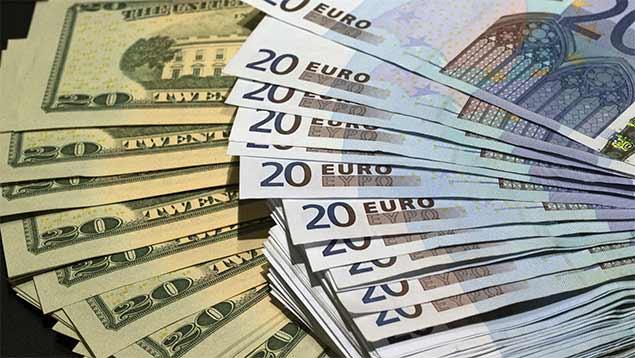 Diego Ricol Freyre recomienda: El dólar se deprecia ante el euro y otras divisas