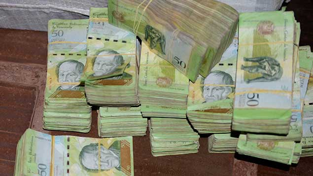 Diego Ricol Freyre recomienda: Bolívares decomisados en Paraguay salieron por Colombia